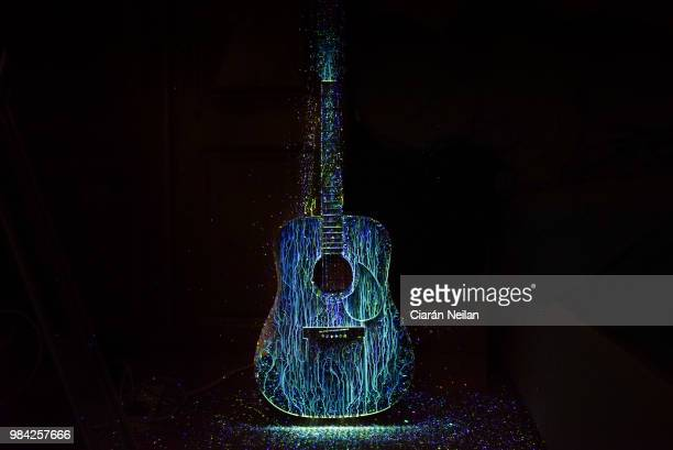 colour of music - stringed instrument stock pictures, royalty-free photos & images