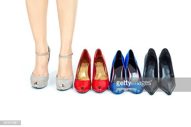 calçados de cores - sapato salto alto com plataforma - fotografias e filmes do acervo