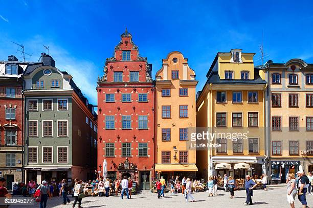 colourful buildings stortorget, stockholm, sweden - stockholm stock pictures, royalty-free photos & images