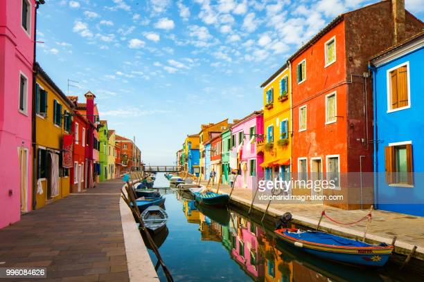 colourful burano - travel destinations stock-fotos und bilder