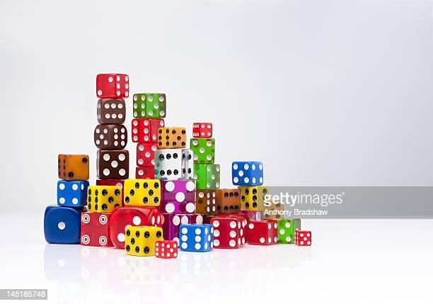 colourful dice. - dobbelsteen stockfoto's en -beelden