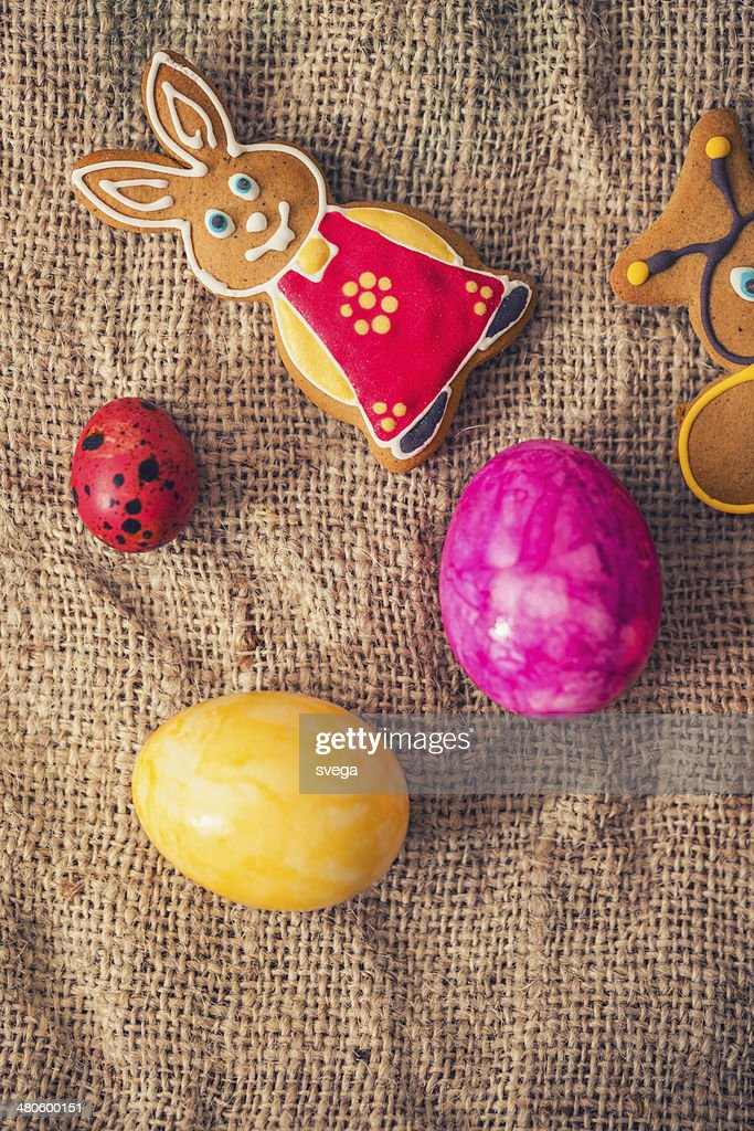 Colourful Easter eggs and gingerbread cookies : Stock Photo