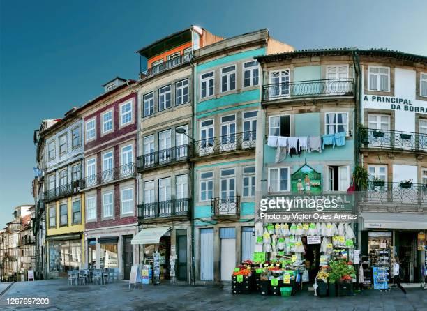 colourful facades. typical portuguese architecture in the historical old town of porto - victor ovies fotografías e imágenes de stock