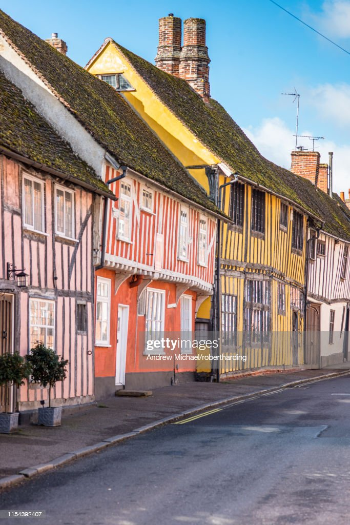 Colourful half timbered houses on Water Street part of the Historic Wool Village of Lavenham, Suffolk, England, United Kingdom, Europe : Foto de stock