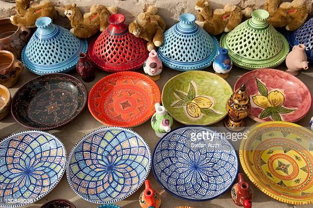 Colourful handmade ceramics ready for sale as souvenirs, Berber village of Chenini near Tataouine, Southern Tunisia, Tunisia, Maghreb, North Africa, Africa