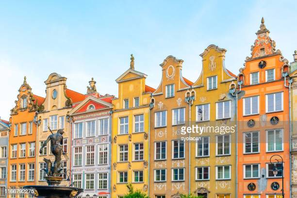 colourful historical buildings of gdansk - syolacan stock pictures, royalty-free photos & images