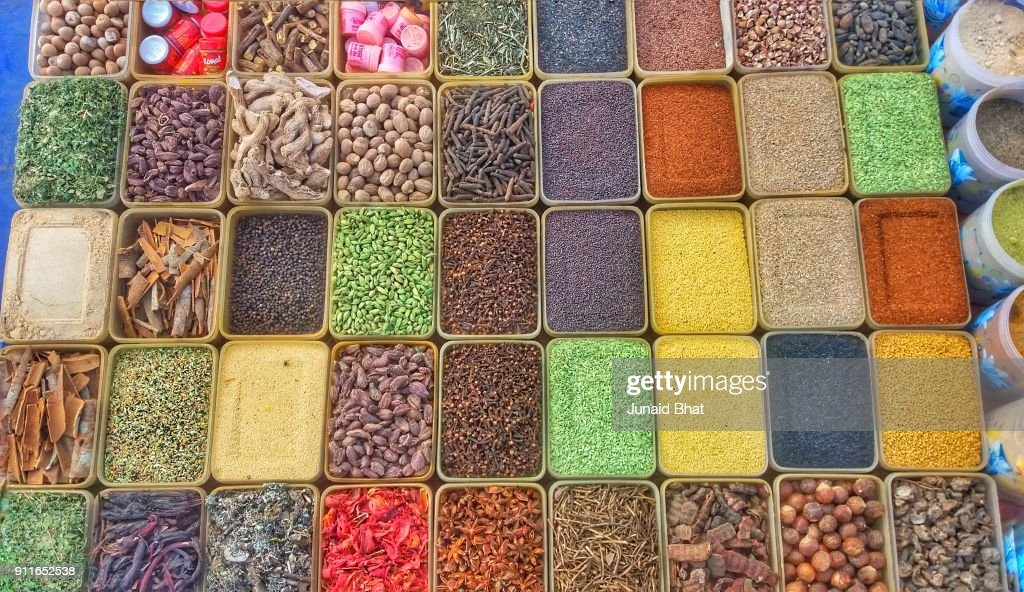 Colourful Indian Spices at New Delhi India : Bildbanksbilder
