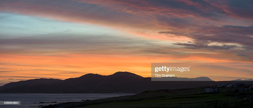 Scottish Sunset over Summer Isles : News Photo