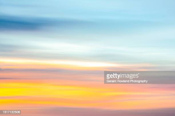 colourful skies of london - geraint rowland stock pictures, royalty-free photos & images