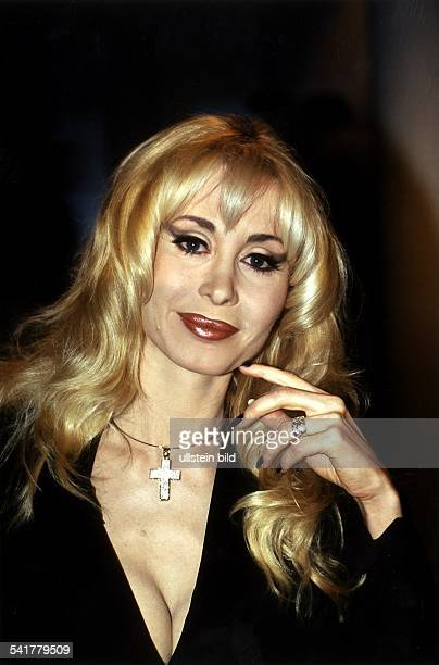 COLPornodarstellerin Produzentin D Porträt Oktober 1998