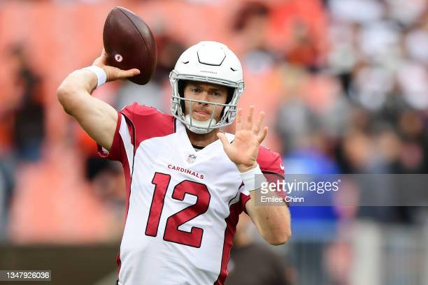 Colt McCoy of the Arizona Cardinals warms up before a game against the Cleveland Browns at FirstEnergy Stadium on October 17, 2021 in Cleveland, Ohio.
