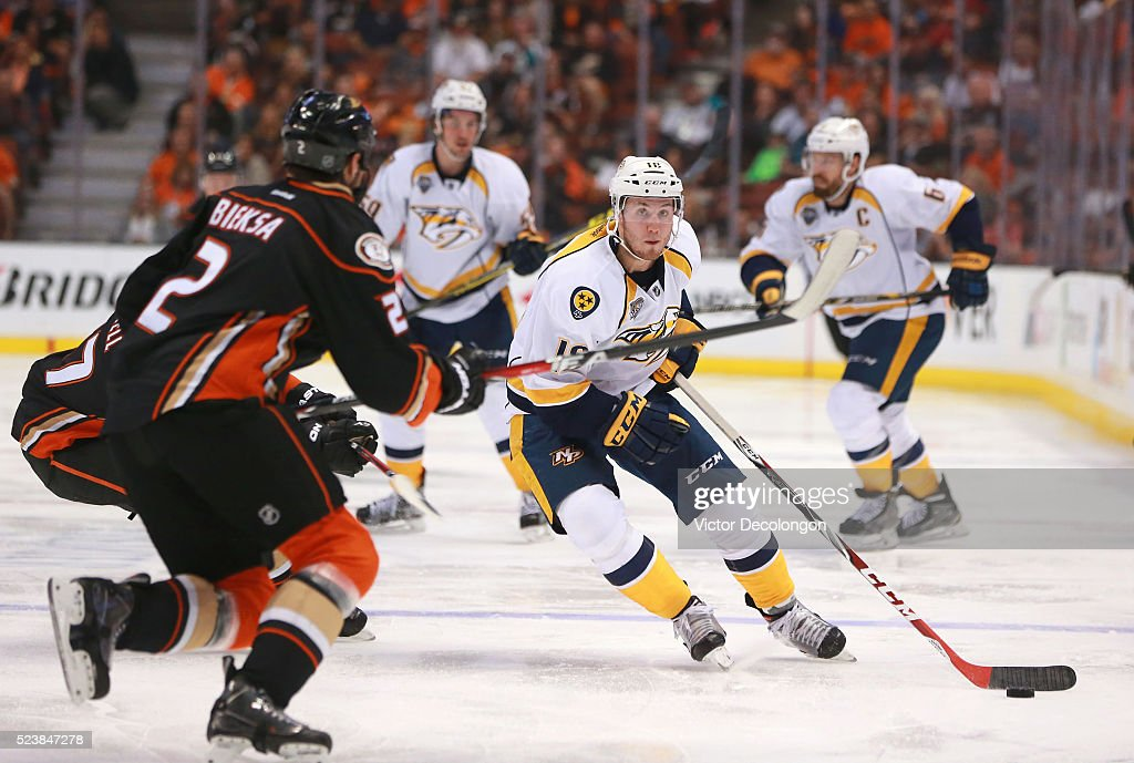 Colton Sissons #10 of the Nashville Predators skates the puck into the offensive zone as Kevin Bieksa #2 of the Anaheim Ducks skates on defense in the second period of Game Five of the Western Conference First Round during the 2016 NHL Stanley Cup Playoffs at Honda Center on April 23, 2016 in Anaheim, California. The Ducks defeated the Predators 5-2.