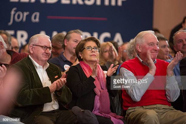 Columba Bush wife of Republican presidential candidate Jeb Bush applauds during a town hall event on February 8 2016 in Portsmouth New Hampshire...