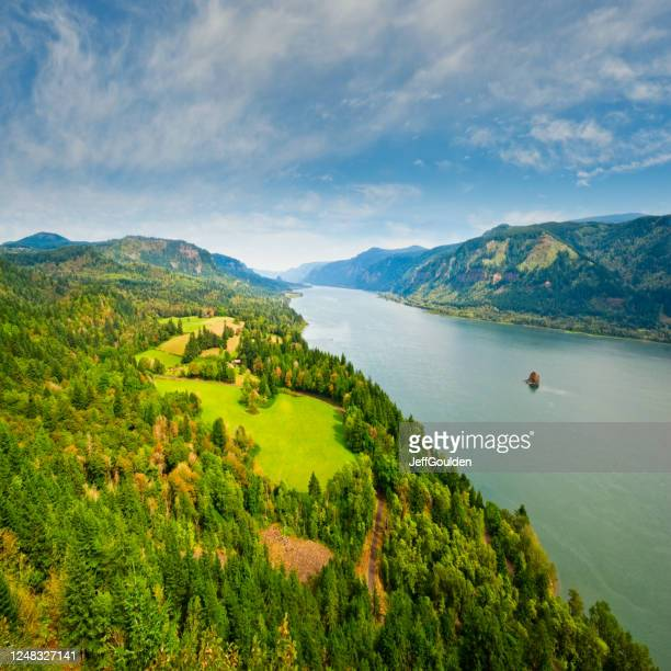columbia gorge from cape horn - jeff goulden stock pictures, royalty-free photos & images