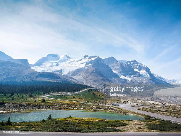 columbia icefield-canada - columbia icefield stock pictures, royalty-free photos & images