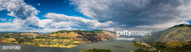 columbia river gorge panorama big skies over washington oregon usa - hood river valley stock photos and pictures