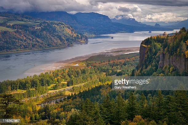 usa, columbia river gorge - columbia river gorge stock pictures, royalty-free photos & images