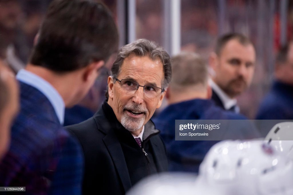 NHL: FEB 16 Blue Jackets at Blackhawks : ニュース写真