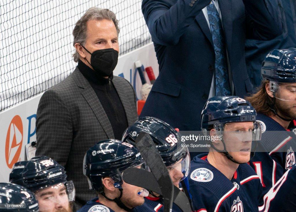 NHL: FEB 25 Blackhawks at Blue Jackets : News Photo