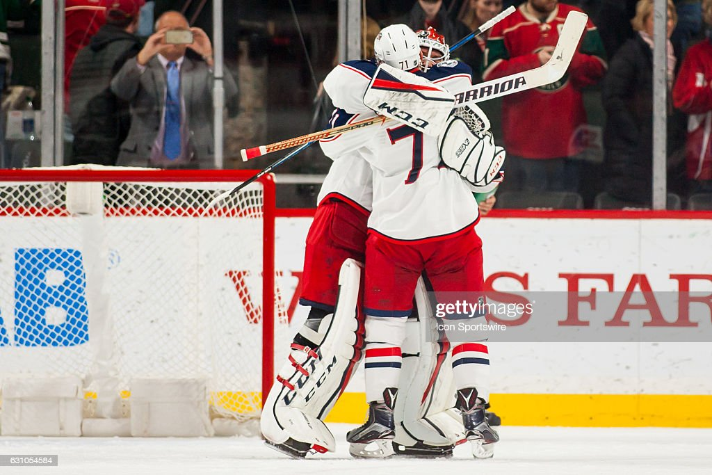 NHL: DEC 31 Blue Jackets at Wild : News Photo