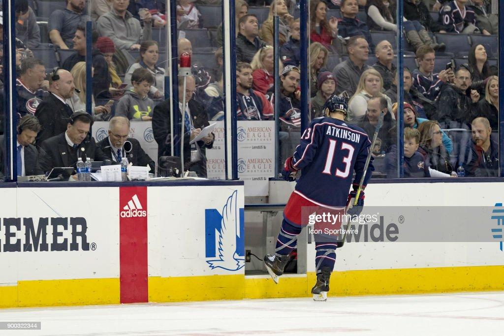 NHL: DEC 01 Ducks at Blue Jackets : Foto di attualità
