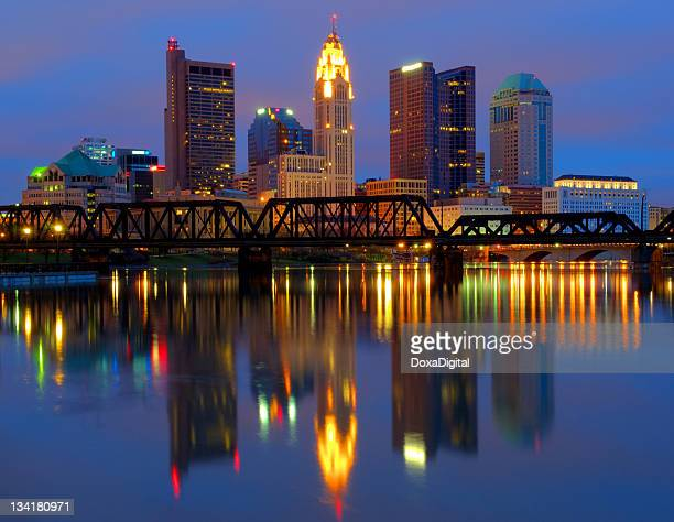 columbus ohio cityscape and skyline reflecting in water - columbus ohio stock photos and pictures