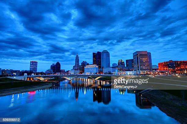 columbus ohio skyline - ohio stock pictures, royalty-free photos & images