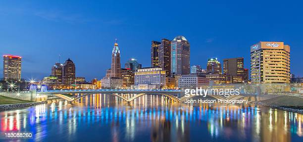 columbus skyline 2013 - columbus ohio stock pictures, royalty-free photos & images