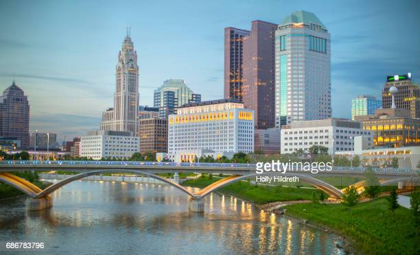 columbus skyline in daylight - ohio stock photos and pictures