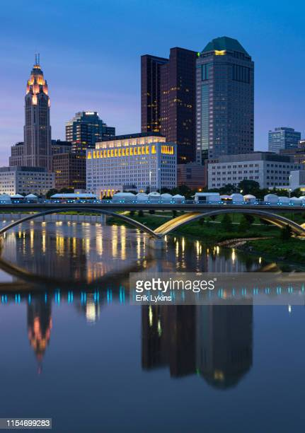 columbus skyline - ohio stock pictures, royalty-free photos & images