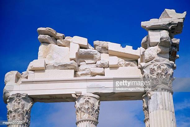 column detail of the temple of trajan in pergamon, bergama, aegean region, turkey - bergama stock pictures, royalty-free photos & images