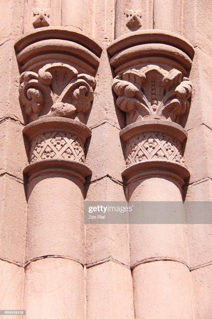 Column detail on Trinity Episcopal Church in Buffalo, New York : Stock Photo