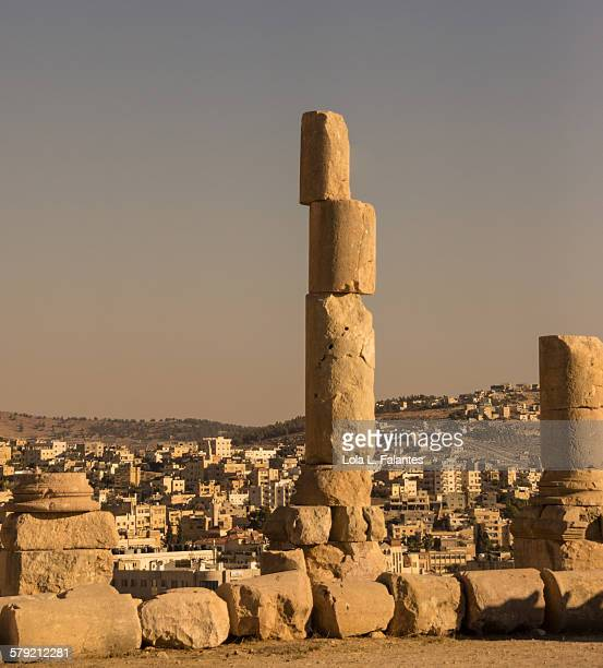 column of gerasa - roman decapolis city stock pictures, royalty-free photos & images