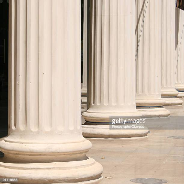 Columns in line