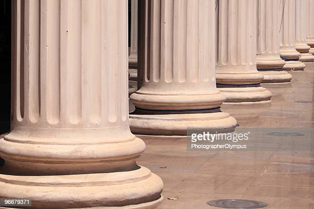 Columns in row