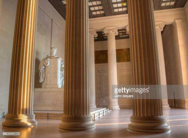 columns inside lincoln memorial, lincoln memorial, washington, usa - lincoln memorial stock pictures, royalty-free photos & images