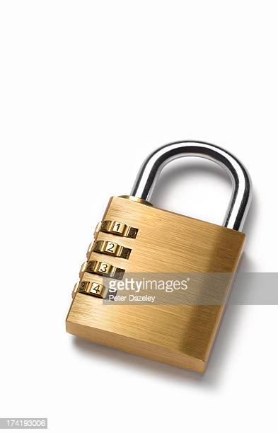 Combination padlock with copy space