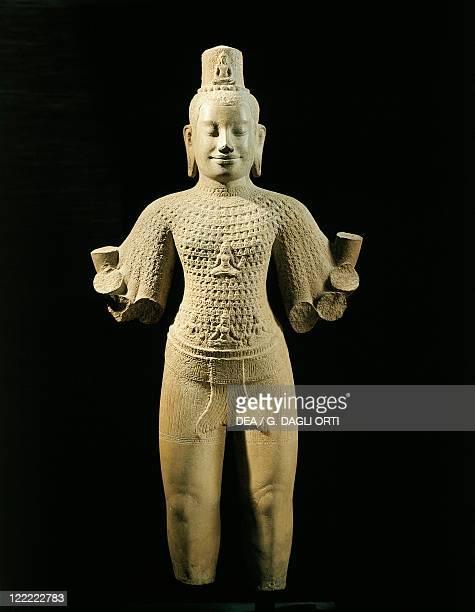 Combodia Angkor Statue of the Bodhisattva Lokesvara Bayon style Sandstone sculpture from Preah Thkol