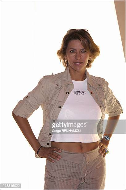 Comeback Presse Conference Of Tf1 On August 29Th 2005 In Paris France Here Corinne Touzet