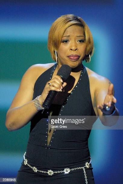 Comedian Adele Givens performs during 'COMEDY CENTRAL PRESENTS' at the Hudson Theater in New York City 2/4/02 Photo by Scott Gries/Getty Images