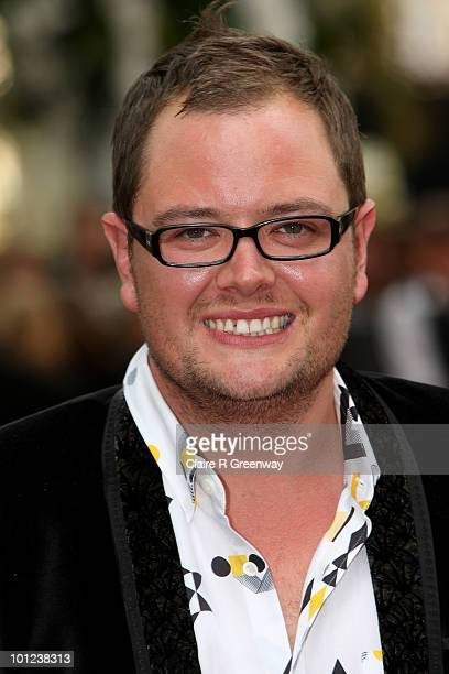 Comedian Alan Carr arrives at the UK premiere of Sex And The City 2 at Odeon Leicester Square on May 27, 2010 in London, England.