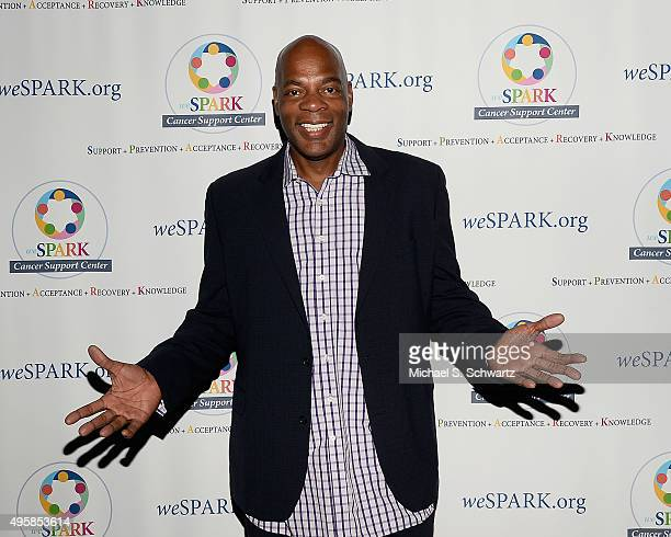 Comedian Alonzo Bodden attends the weSpark Cancer Support Center Benefit Concert 'An Evening with Michael McDonald and Friends' at The Canyon Club on...
