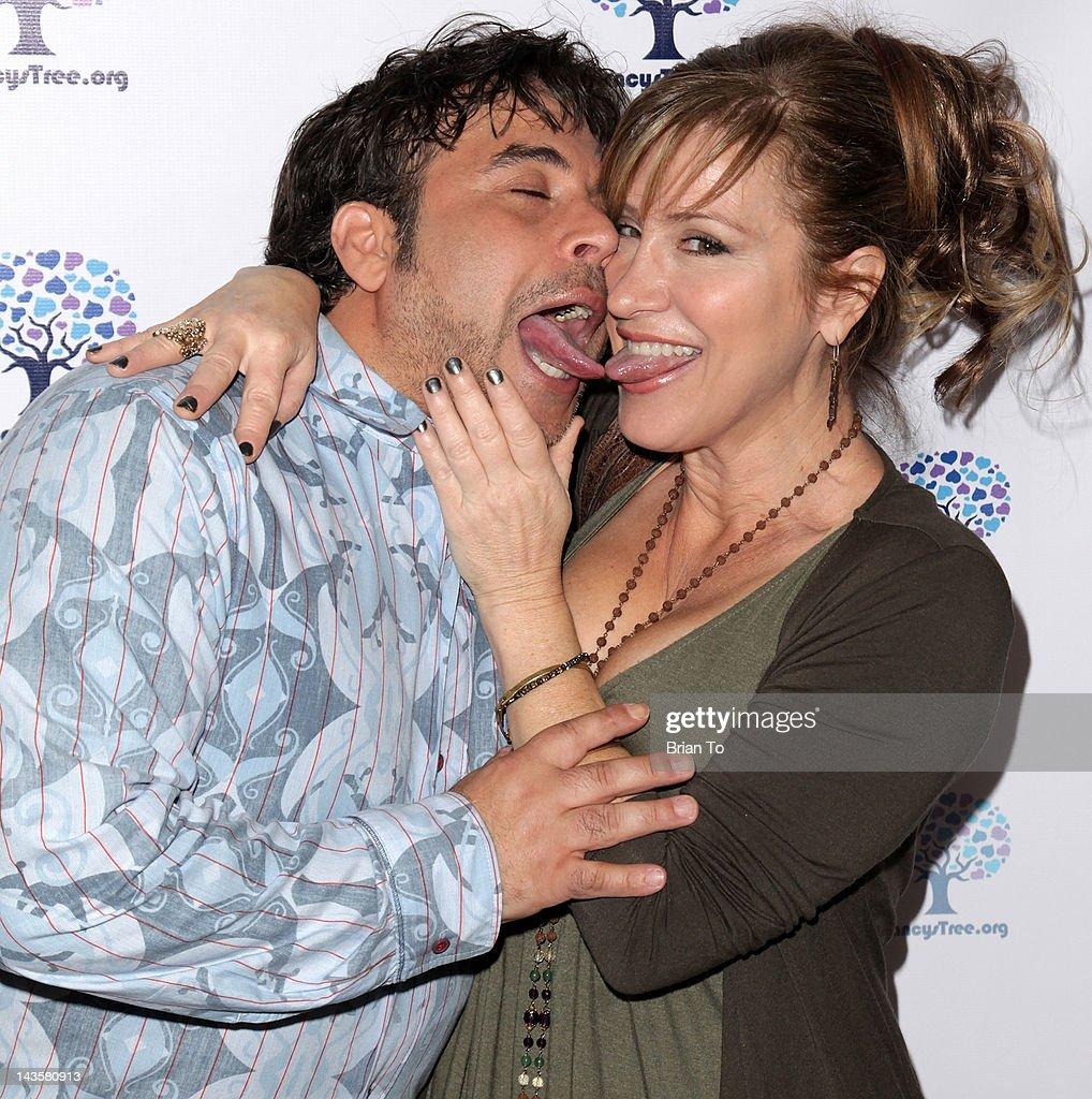 Comedian dating actress