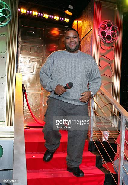 Comedian Anthony Anderson appears onstage during MTV's Total Request Live at the MTV Times Square Studios Decembwer 7 2005 in New York City