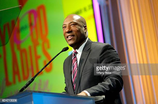 Comedian Byron Allen speaks onstage during the Hollywood Bag Ladies Luncheon at The Beverly Hilton Hotel on November 18 2016 in Beverly Hills...