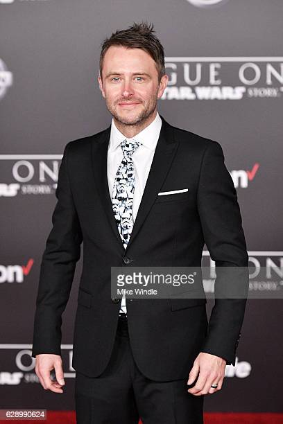 Comedian Chris Hardwick attends the premiere of Walt Disney Pictures and Lucasfilm's Rogue One A Star Wars Story at the Pantages Theatre on December...