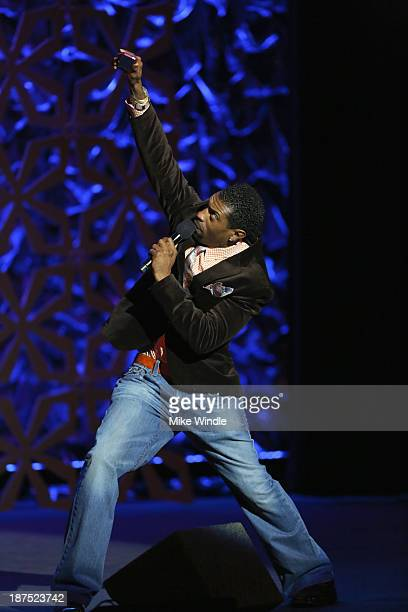 Comedian Deon Cole performs onstage during the International Myeloma Foundation's 7th Annual Comedy Celebration Benefiting The Peter Boyle Research...