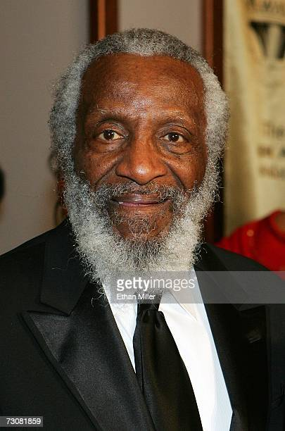 Comedian Dick Gregory arrives at the 15th annual Trumpet Awards at the Bellagio January 22 2007 in Las Vegas Nevada The awards show is a celebration...