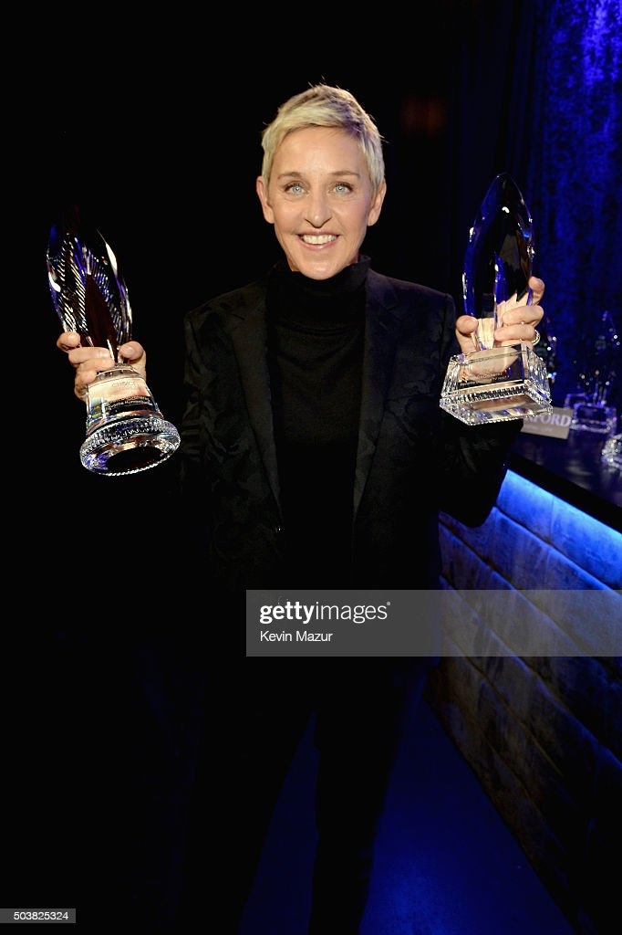 Comedian Ellen DeGeneres poses with awards during the People's Choice Awards 2016 at Microsoft Theater on January 6, 2016 in Los Angeles, California.