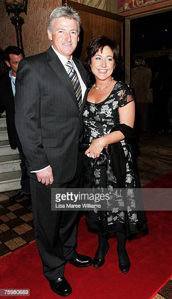 Comedian Fiona O'Loughlin attends the 2007 Helpmann Awards at the Capitol Theatre on August 6 2007 in Sydney Australia
